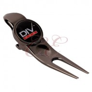 Cigar Hold With Divot Tool