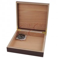 Humidor Cherry 20 Count with Humidifier and Brass Hinges