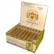 Macanudo Cafe Hyde Park Box 25